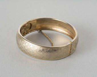 Vintage Coro Pegasus Bracelet  Gold Tone Bangle