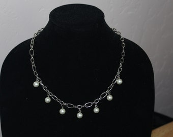 Faux pearl and silvertone chunky chain necklace