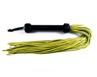 Mini Flogger - Lime Suede