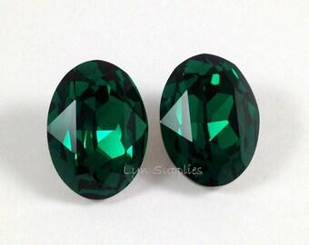 4120 EMERALD 2pcs 18x13mm Swarovski Crystal Oval Fancy Stone