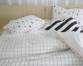 White Modern Plaid And Triangle Patterned Twin / Queen / King Size Bedding Set