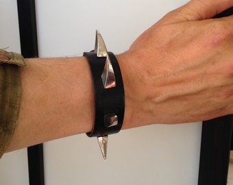 Sales: CLAW SPIKE Bracelet