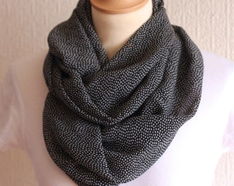 """Scarf snood """"Kristy"""" black and white"""