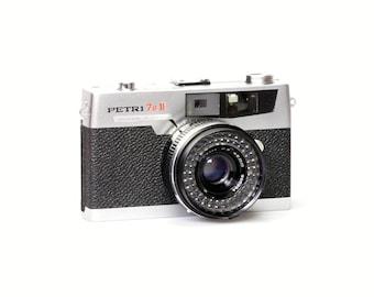 Vintage Petri 7S II Camera
