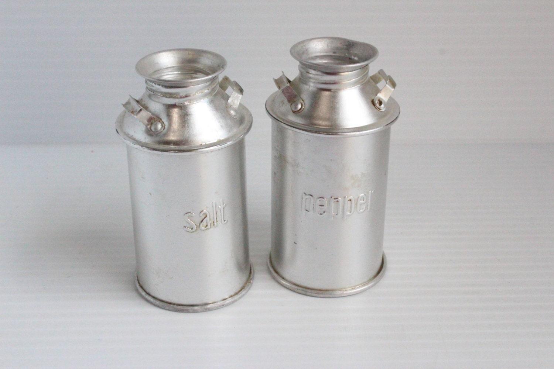 milk jug salt and pepper shaker vintage aluminum kitchenware. Black Bedroom Furniture Sets. Home Design Ideas