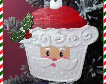 Santa cupcake ornaments.