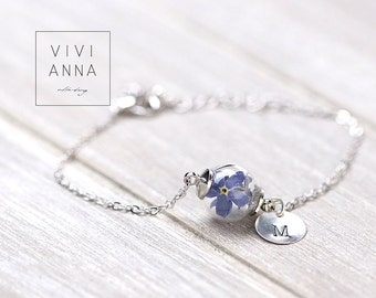 Custom delicate engraved Bracelet with real dried Forget me not.Engraved Nameplate. Name bracelet. gift for her. gift for mom A050
