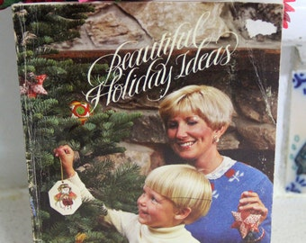 Vintage 1980s American Holiday Ideas Craft and Recipe book