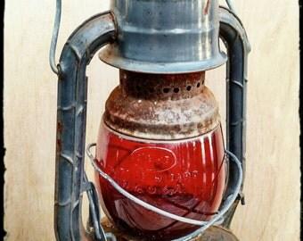 Vintage Dietz Little Wizard Oil Lantern / Oil Lantern with Red Glass / Train Conductor's Lantern / Warning Signal Lantern  /  F934
