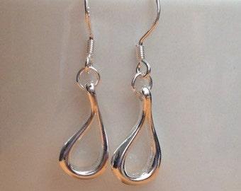 Small silver drop (minimalist) earrings