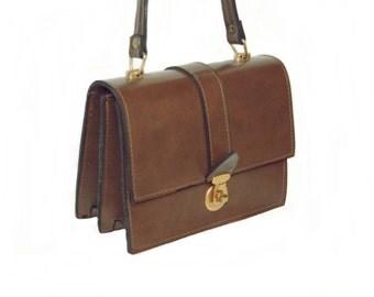 Small elegant vintage handbag 1960s