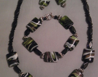 Jewelry Set in Black, Green Glass & Silver beads