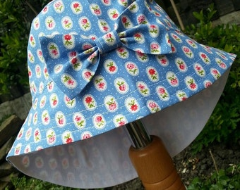 Girls Baby Cotton Sun Summer Holiday Hat - Legionaire Style  - Blue Flowers