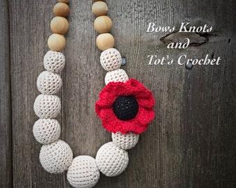 "Crochet teething necklace, crochet nursing necklace ""Poppy"", modern breastfeeding necklace, with flower"