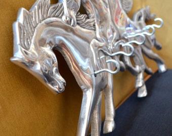 key holder -Horses