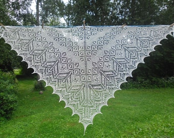 Triangular lace shawl, hand knitted lace shawl,Shawl with Haapsalu nupps, wedding shawl,bridal stole,natural white,cream or any other colour