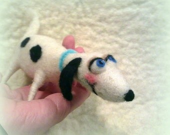 4 in. Needle felted White Dog,OOAK,Felted figurine,Art gift,home decor,Cartoon character