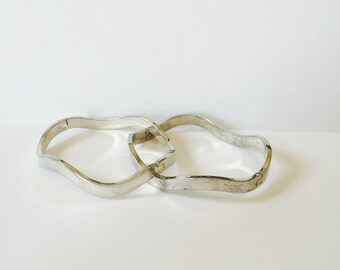 Classic Vintage Sterling Silver Wavy Bangle Bracelet Set of 2 Marked 925