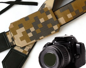 Camera Strap with pocket. Camouflage Camera Strap. Army theme. Camera accessories by InTePro