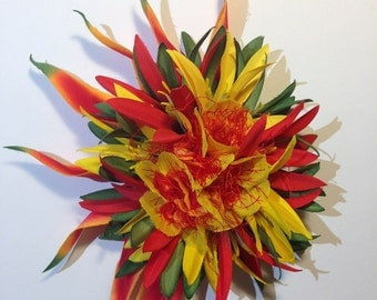 ILIMA SUNRISE-Tropical hair clip.Hawaiian headpiece,Ilima,Red,Yellow.Pinups hair clip,Bridals,Beach wedding,Hula flowers,Honeymoon,Hawaii.