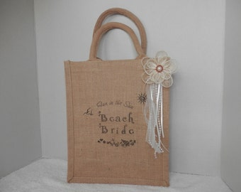 BRIDAL BEACH TOTE Bag, Beach Brides Tote, Wedding Tote Bag, Brides Tote Bag, Honeymoon Tote Bag, Burlap Tote Bag, Brides Gift Bags
