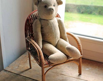 Vintage wicker doll's chair for doll or teddy bear / Vintage Lloyd room style toy arm chair  hand made