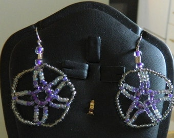 Free Shipping*** Seed Bead Star/Sand Dollar Earrings