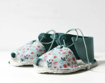 DISCOUNT! (10% applied) Baby shoes, size 0-3 month, thin leather and cotton