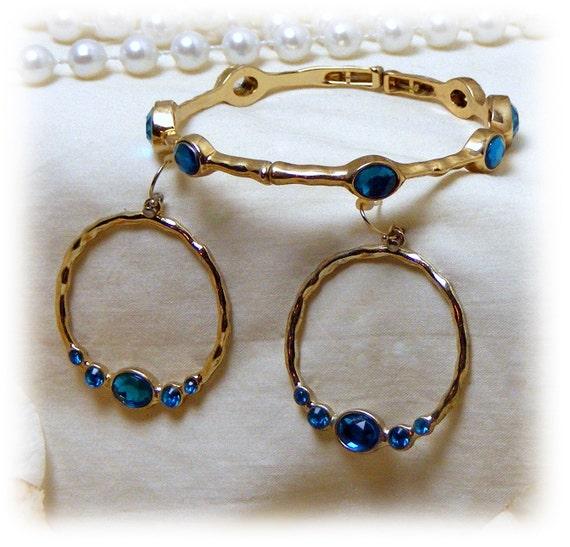 AQUA BRACELET & EARRINGS Set . . (pierced) Never Worn