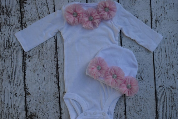 Newborn romper,white Long Sleeve ,Newborn hospital outfit,Infant Layette ,newborn girl gown, infant girl gown