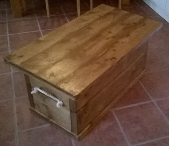 Chunky Rustic Coffee Table With Storage 061