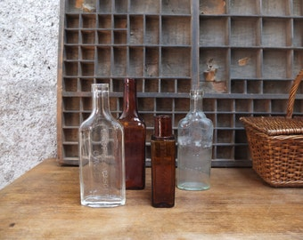 Lot of 4 antique apothecary glass vials / Collection instant Vintage