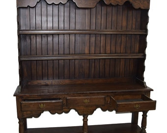 7798 Antique Welsh Traditional Pine Hutch