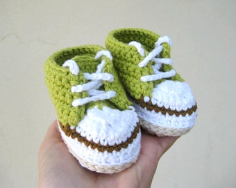 Crochet pattern baby sneakers - Newborn booties pattern - Baby girl and boy sneakers