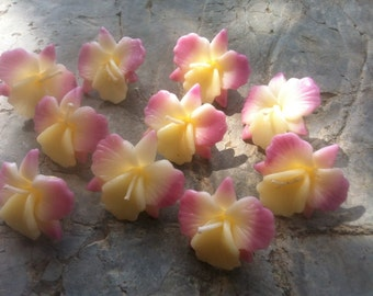 30x small Orchid floating candles 3.5cm size