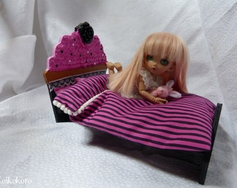 Bed for tiny cupcake / Cupcake bed for tiny typed pukifee, lati yellow, Enyo