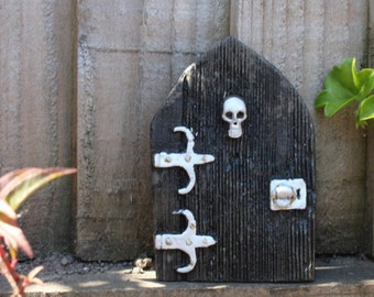 Gothic Fairy Door - Handcast in Stone - Made in Cornwall