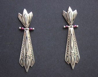 Gorgeous Bohemian Vintage Sterling Silver Earrings With Niello and Etched Design
