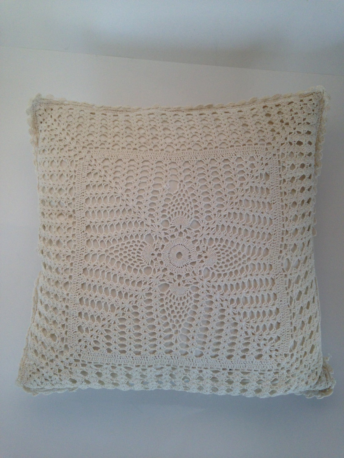 Vintage Lace Throw Pillow White Lace Throw Pillow 1950s/60s