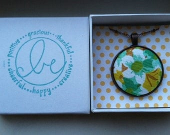 Fabric Pendant Necklace, Vintage Accessory, Vintage Fabric, Green Floral, Bridesmaid Gift, Handmade Pendant