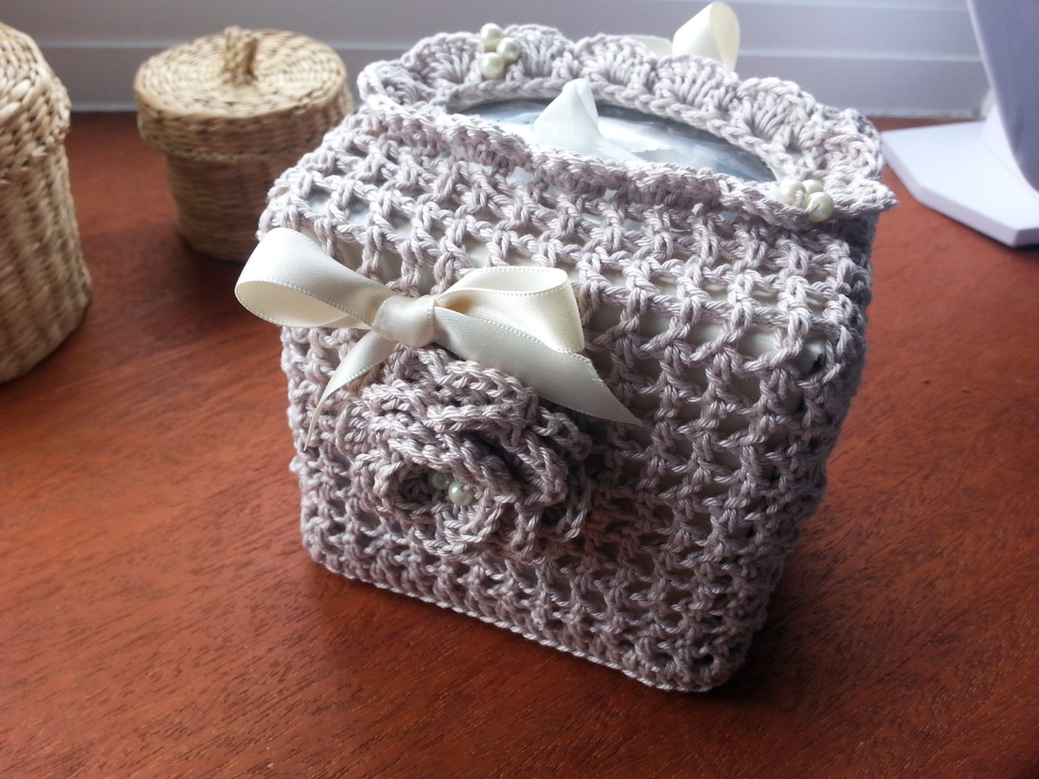 Free Crochet Pattern For Sofa Tissue Box Cover : Handmade crochet tissue box cover square box toilet roll