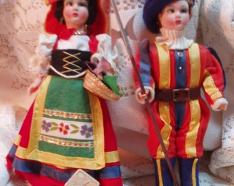 Pair of dolls from Italy