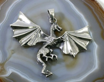 Dragon pendant 925 sterling silver  -- 4964