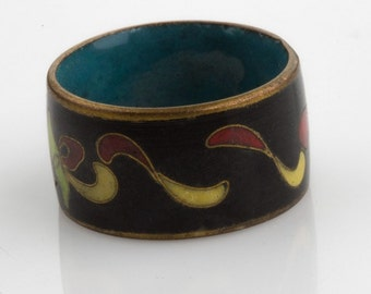 Vintage cloisonne band ring. (rgor118)