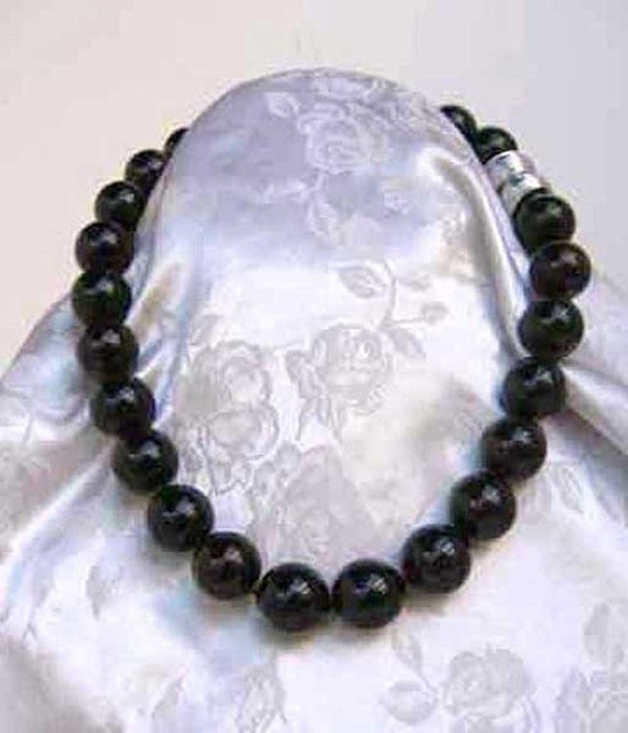 Mallorca Pearl Necklace: Majorca/Mallorca Pearl Necklace Single Strand By