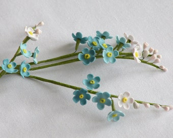 Gum paste forget me not
