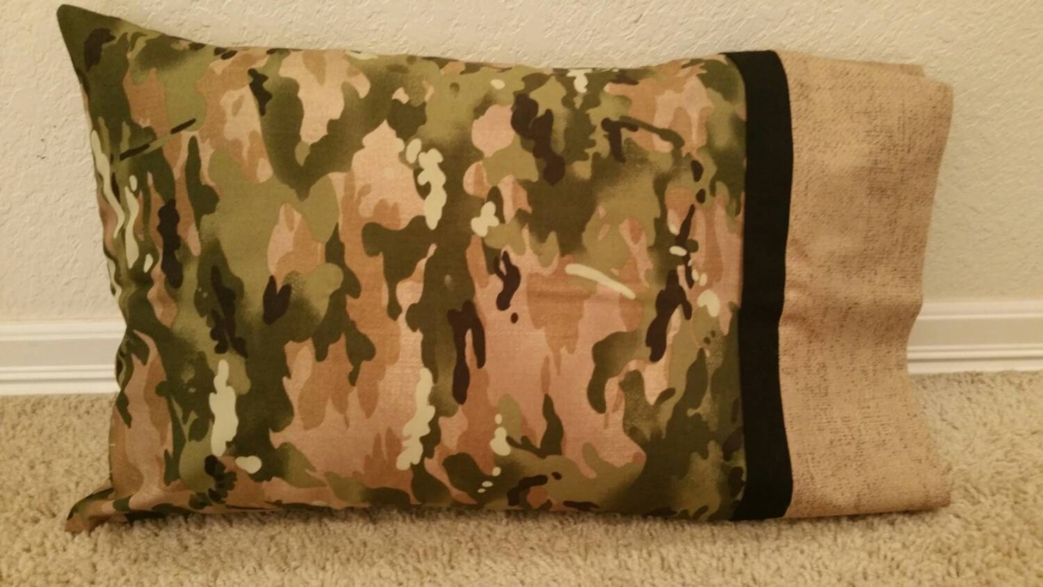 queen size pillow case camouflage. Black Bedroom Furniture Sets. Home Design Ideas