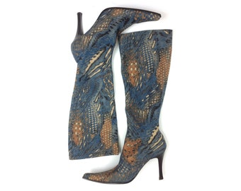 90s Size 7.5 Tall Print Boots   Pointed Toe Blue Boots   Prodotto Tutto  Made in Italy