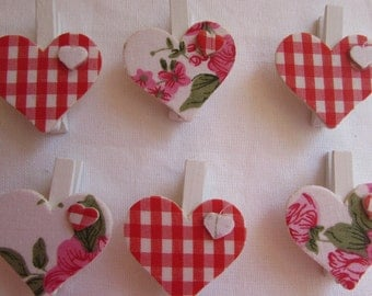 Gingham and Floral Heart Wooden Mini Pegs
