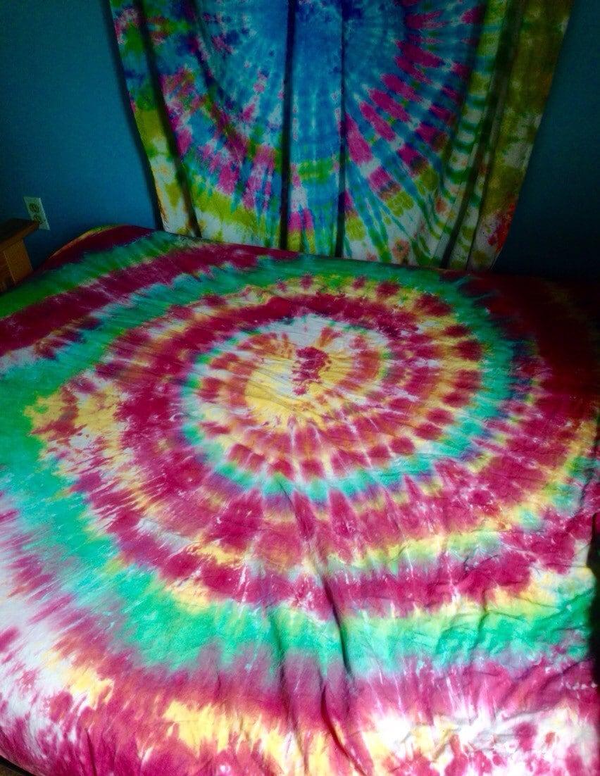 tie dye fitted sheet custom made tie dye by beachbumtiedye